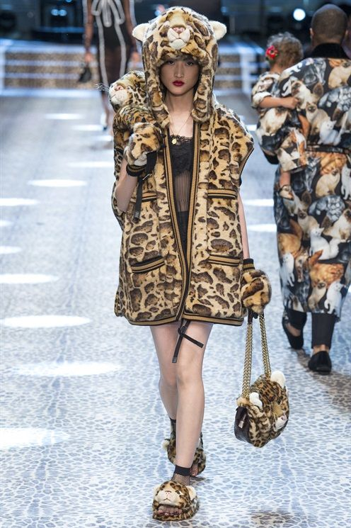 2017 La settimana della moda meneghina si è appena conclusa, sessantotto le nuove collezione presentate nel