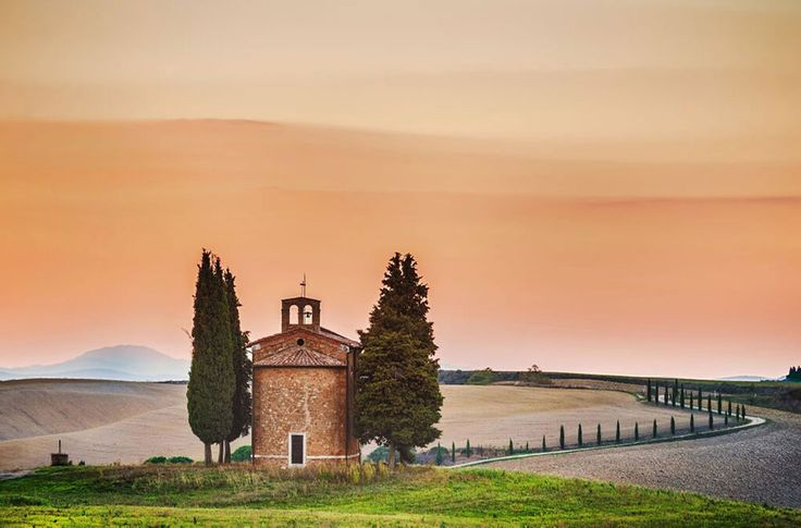 San Quirico d' Orcia Photography by Jarek Pawlak, our extraordinary Photography Instructor for this workshop.