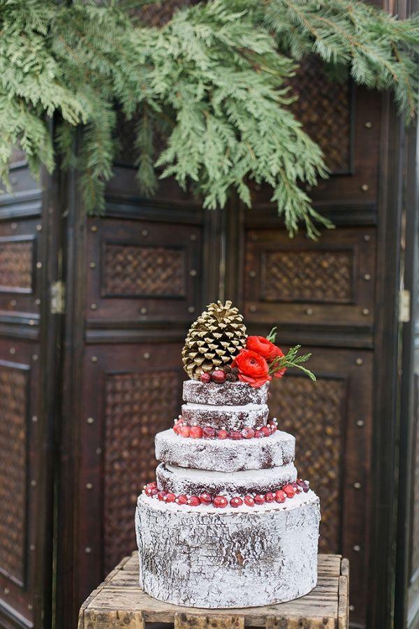 Romantic Christmas Wedding Inspiration