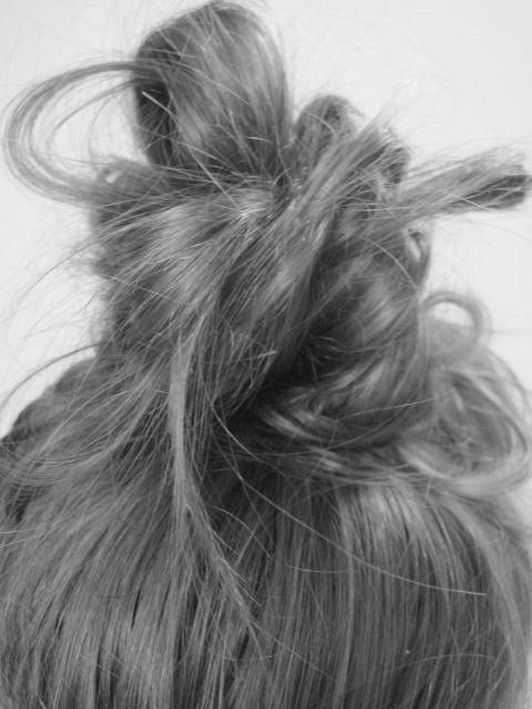 :: top knot ::