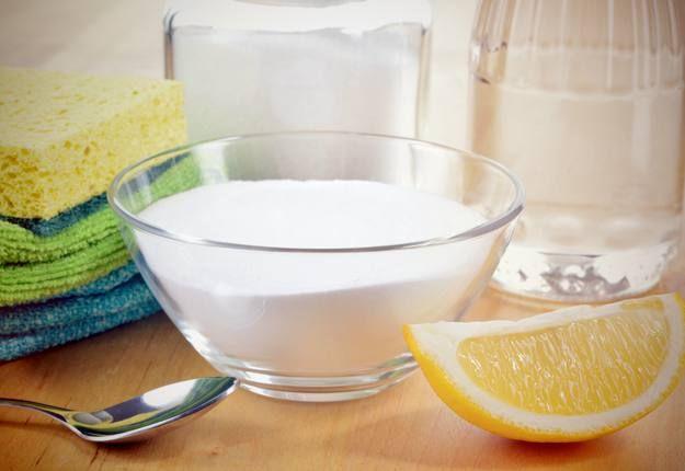 Πως να καθαρίσετε όλους τους λεκέδες με ένα πανίσχυρο καθαριστικό