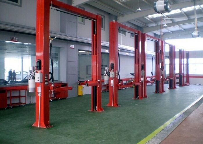 4500kg Capacity 2 Post Hydraulic Car Hoist Lift