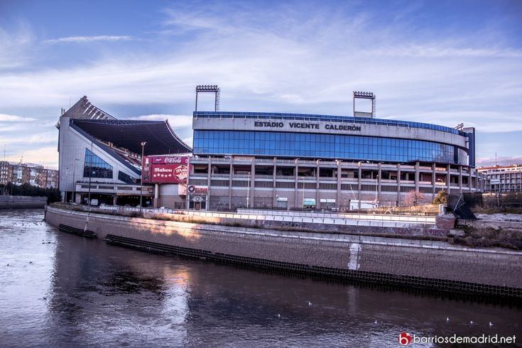 el Estadio Vicente Calderón. © www.barriosdemadrid.net
