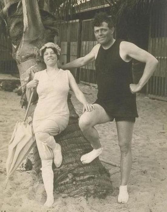 """""""To be able to forget means sanity."""" ― Jack London. Jack and Charmian London in Hawaii, 1915"""