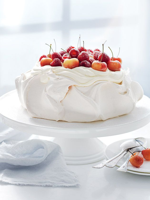 classic pavlova from donna hay