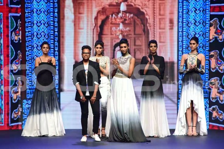 Mr. ABHISHEK KUMAR, second year FAD student was selected and mentored by a team of designers. He made a collection and showcased in the grand finale held in MUMBAI on 3rd March 2017. He was among the top 10 who got selected for the finale. Vogue Institute of Fashion Technology #Livaportege2017 Liva Fluid Fashion #fashion #designer #Indiatalent #Mumbai #grandfinal #Winner #VIFT #finale #Liva Aditya Birla Group #LivaProtégé…