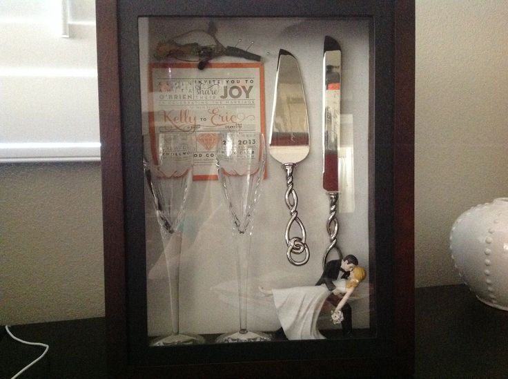 Shadow box ideas for wedding anniversary | Click to find out more! #shadowbox #decorating #homedecor