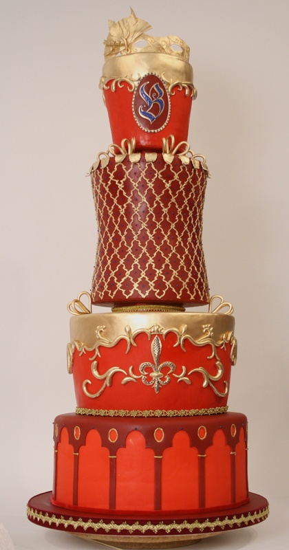 This cake was for a Venetian themed wedding reception and was decorated (spectacularly, we might add) by Mary Smith. Che bello!