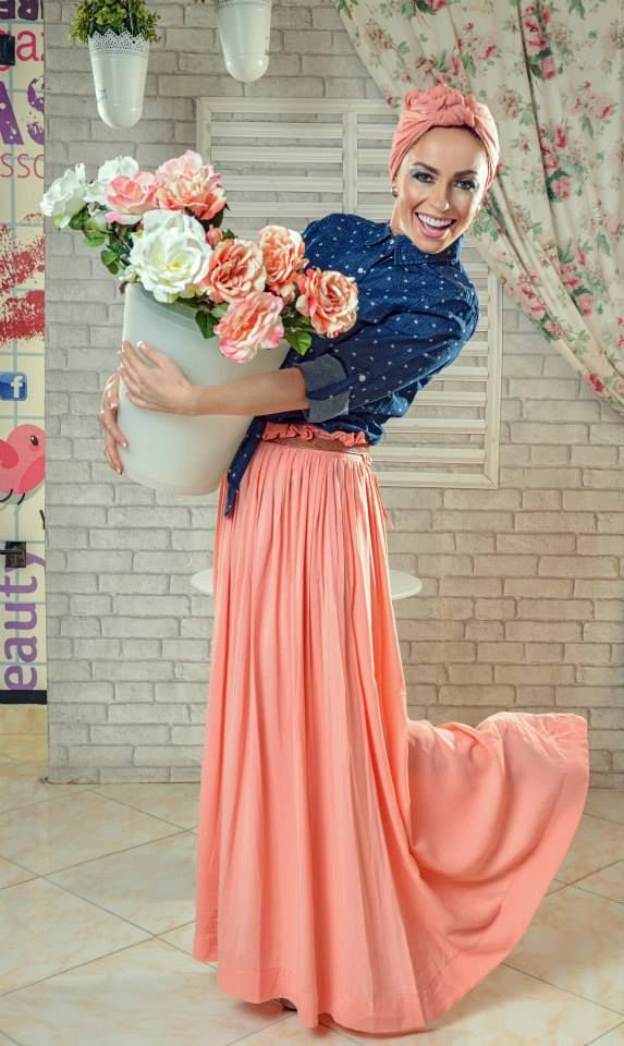 turban hijab look peach orange maxi skirt, denim shirt, floral top Casual hijab looks by 27dresses http://www.justtrendygirls.com/casual-hijab-looks-by-27dresses/