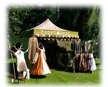 Pagan Ways op de Mystical Fantasy Fair. Pagan Ways is gespecialiseerd in exclusieve Keltische, Germaanse, Viking, Middeleeuwse en fantasy kleding. Het belangrijkste ingrediënt is onze creativiteit: originele kleding op de markt brengen. We ontwerpen en fabriceren alles zelf. Geen twaalf in een dozijn maar exclusieve kleding.
