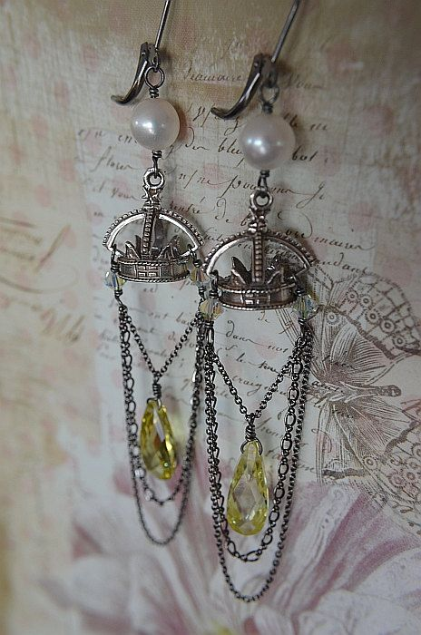 Regal Silver Crown Chandelier Earrings With Brilliant