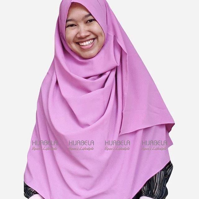 ukhti... Bingung cari hijab instan yang syar'i, bahan adem, ringan dan jatuh dipakainya? . @hijabela_syari punya solusi nya ya ukhti...langsung order #pashminainstan  @hijabela_syari insya Allah dijamin suka dan puas 😊 . Pashmina Instan @hijabela_syari ni banyak kelebihannya, selain SYAR'I, SIMPLE dan STYLISH juga bahannya ADEM, LEMBUT, RINGAN & STRETCH (jatuh saat dipakai) . Satu lagi kelebihan Hijabela adalah finishing tepi dijahit standar butik .. Penasaran? @hijabela_syari jawaban bagi…