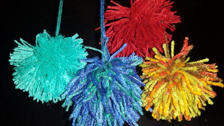 coulor tassel http://www.pukini.ro/ciucuri-si-culoare/
