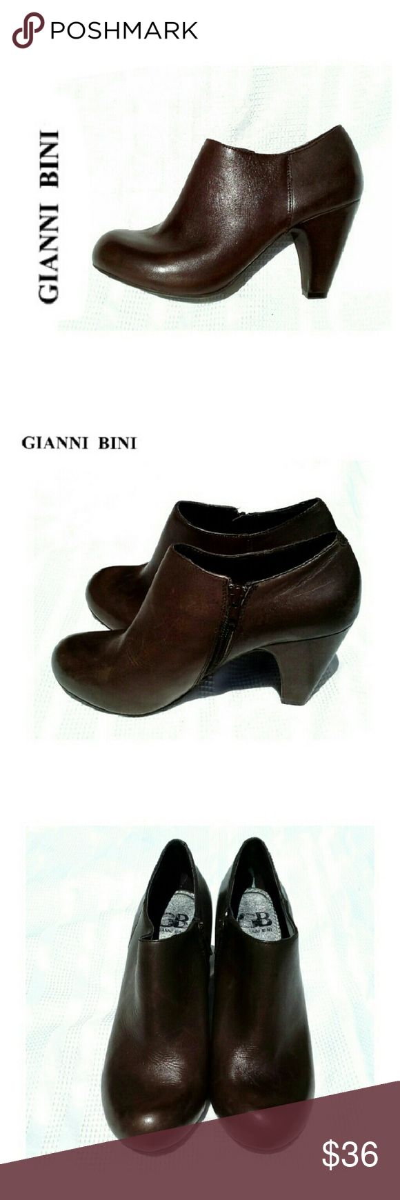 """GIANNI BINI BROWN LEATHER ANKLE BOOTS GIANNI BINI BROWN LEATHER ANKLE BOOTS Pre-Loved ?Like New *.  100% Genuine Leather *.  Zipper Closure on Inside *.  3 1/2"""" Heel *.  Clean Insides . Please See All Pics. Ask ? If Needed Gianni Bini Shoes Ankle Boots & Booties"""