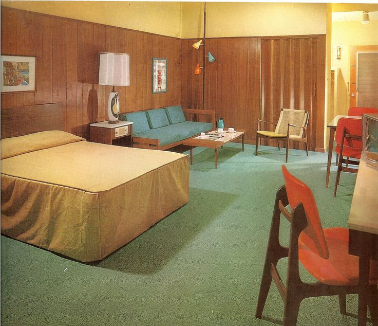 262 best vintage home decor images on pinterest for Vintage hotel decor