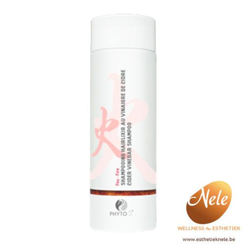 Phyto 5 Shampoo met Appelazijn is een speciale shampoo voor de geïrriteerde gevoelige hoofdhuid of beschadigd haar waar geen volume in zit en is ook aan te raden bij gekleurd haar. De shampoo kalmeert de geïrriteerde hoofdhuid, en reguleert de secretie van de talgklieren. Het repareert beschadigd haar en geeft volume en glans.