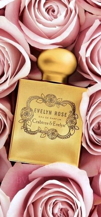 This is the best thing I have ever seen, how ironic that my first and middle name is also a flower and also a perfume! Super Fabulous ♥