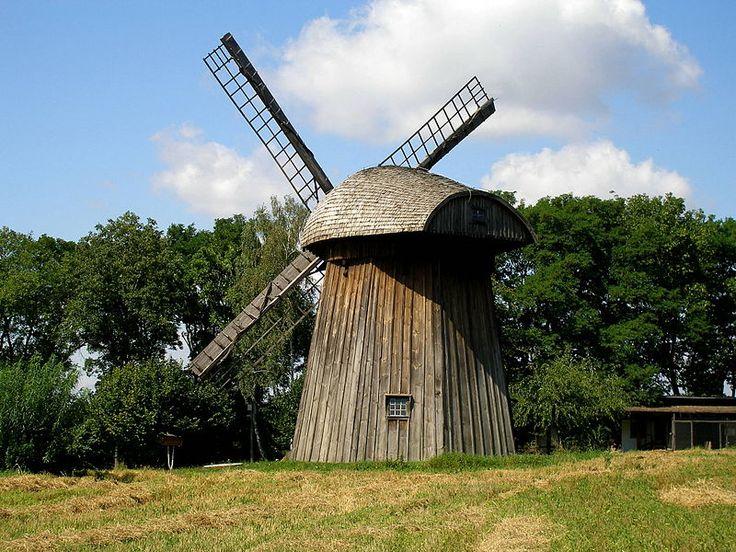 File:Lublin - skansen - wiatrak z Zygmuntowa gl.JPG