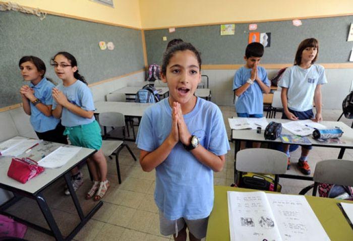 Criança evangeliza colegas judeus e declara que Jesus é o Messias em Israel