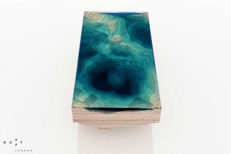 """Londra: ecco """"Abyss"""", il tavolo che mostra la profondità degli oceani"""