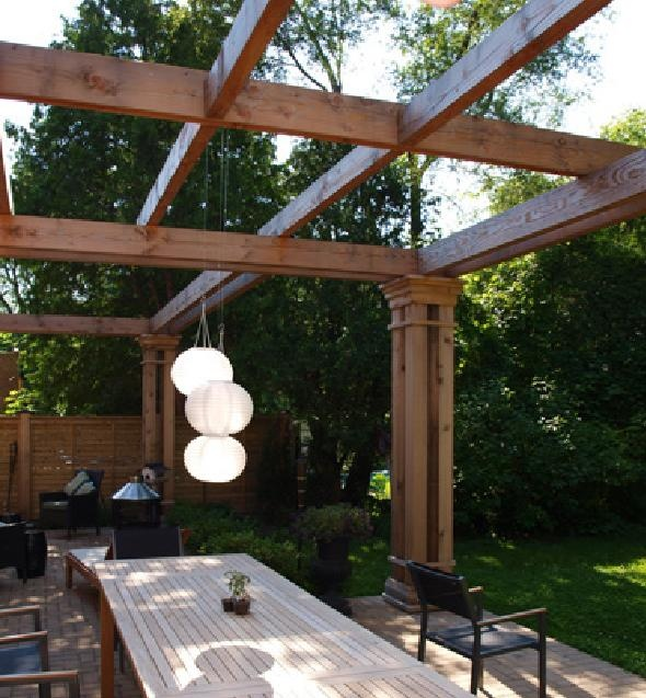 outdoor dining pergola -love the simple lines