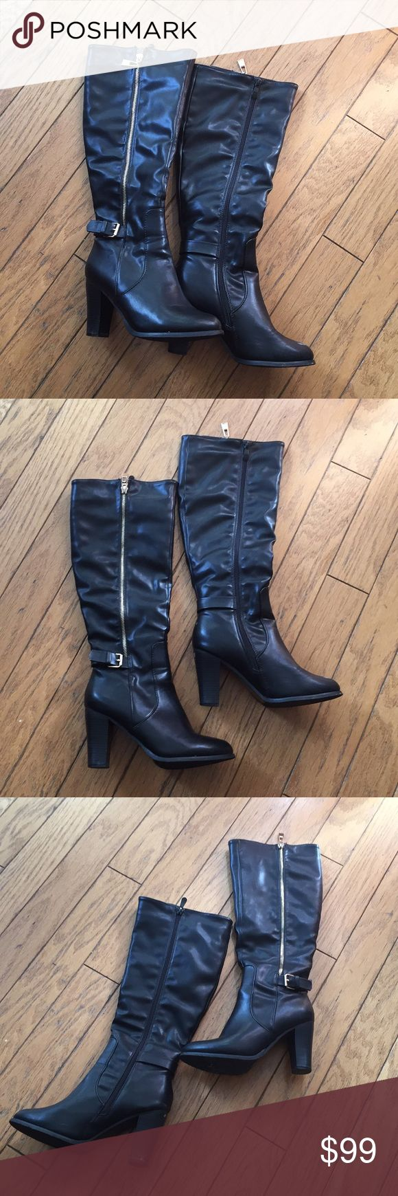 ALDO High Heeled Zip Up Over the Knee Boots Size 7 ALDO - Women's size 7 US. Like new only worn once a little too big for me. Over the knee style fit with sexy 3 inch heels. Black leather with gold zipper that goes all the way up. All bundles of 2 or more are automatically discounted by 20% ✨ Offers welcome! Aldo Shoes Heeled Boots