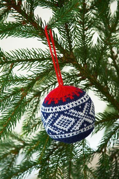 Nordic sweater christmas orniment