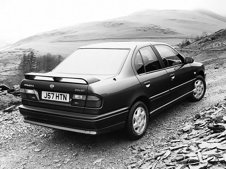 Nissan Primera eGT Sedan UK-spec (P10) '1991–95