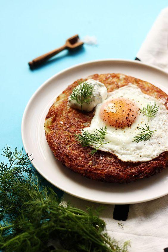 スイス伝統の味ポテトパンケーキロスティのレシピとアレンジまとめ