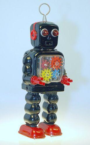 Vintage Toy Tin Wind-Up Robot