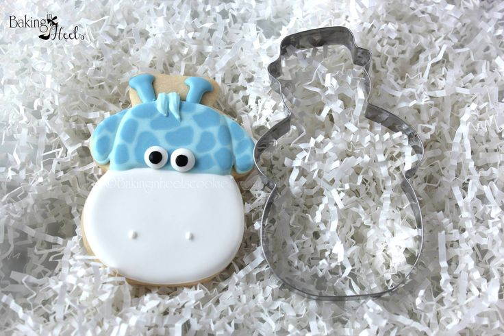 use a snowman cutter for a giraffe head cookie