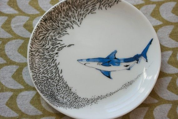 SINGLE Shark Saucer with School of Fish