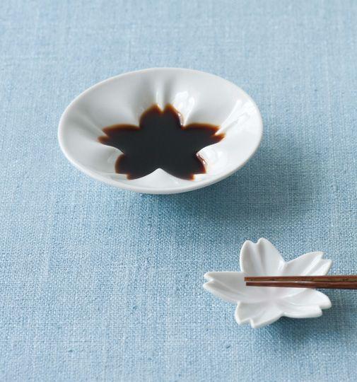 食卓を彩るおしゃれな和食器(陶器&木のお皿や茶碗)|通販サイト コロカル商店×リンベル