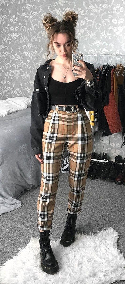 Der Frühling steht vor der Tür! Also mach dich bereit und sieh dir diese 34 Looks an! Zu diesem Outfit möchte ich nur GUT JA sagen. Ich liebe dieses Plaid! X