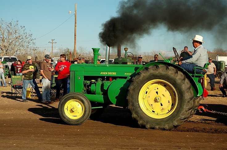tractor pulls and the national tractor This is one of the nation's premier event for truck and tractor pullers pullers come from all over the world to compete at this event.