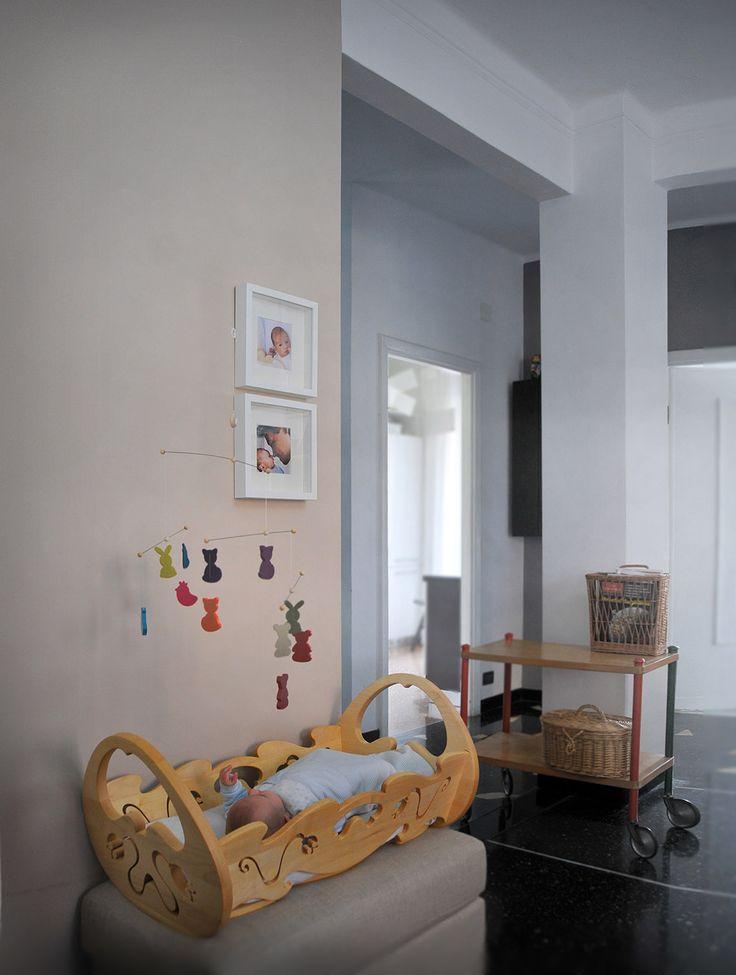 GreenBoy Design - Wooden cradle