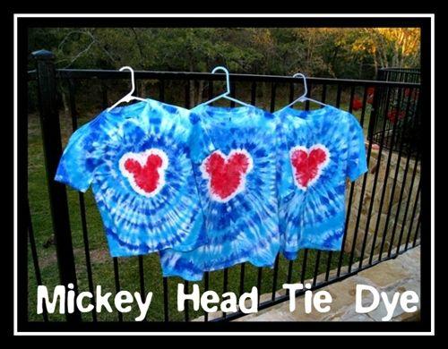 DIY tie dye Disney vacation tshirt.   MouseTalesTravel.com   #MTT #disneydiy #easycrafts #tiedye