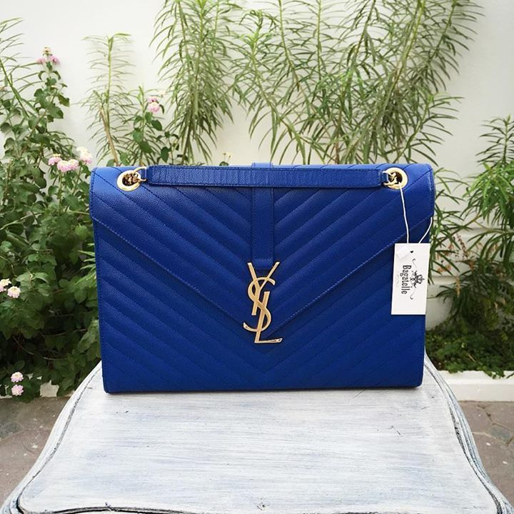 YSL Electric Blue Caviar Cassandra GHW Shoulder Bag.  Condition: pristine, dust bag included  AED 7,990  We ship worldwide   #bagatelleboutique #bagatelleysl #yvessaintlaurent #ootd #onlineshopping #ootn #fashionoftheday  #bags #ysl #yslbags #authentic #mydubai #bestdeals #mydubai #eidgift #beautifulbag #ootn #party #fashionstyle #fashiongirl #ootn  #دبي Folow @fashionbookface   Folow @salevenue   Folow @iphonealiexpress   ________________________________  @channingtatum @voguemagazine…