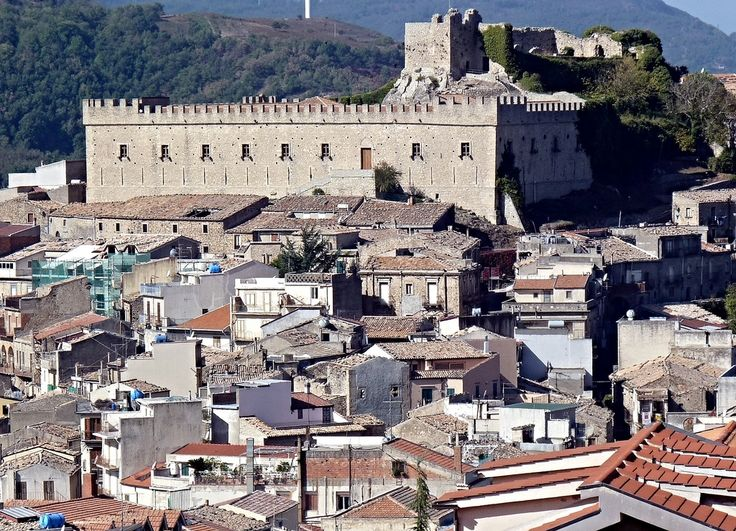 Montalbano Elicona (Me) - Il castello | Flickr - Photo Sharing!