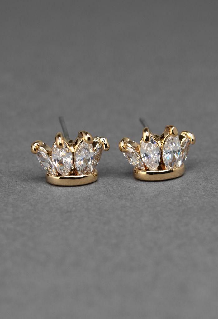 Delicate Crystal Embellished Crown Earrings//