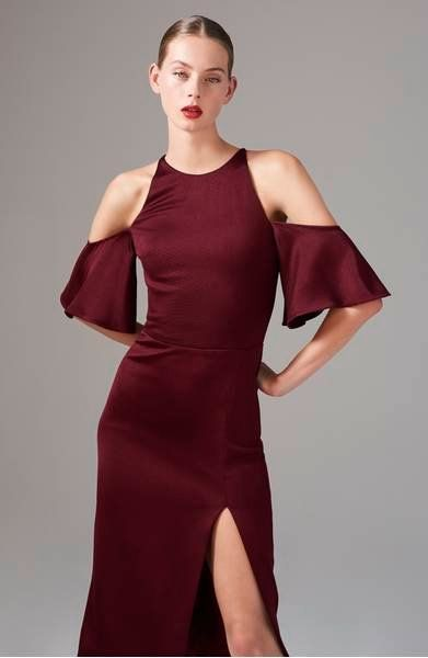 Carly Cushnie and Michelle Ochs' take on the season's cold-shoulder trend looks simply sophisticated on this fitted dress with fluttery sleeves.