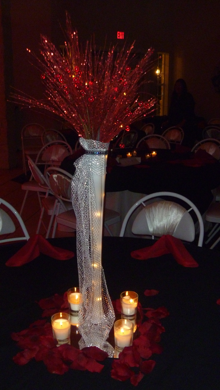 Best 25 red silver wedding ideas on pinterest red wedding centerpieces red wedding - Red and silver centerpiece ideas ...