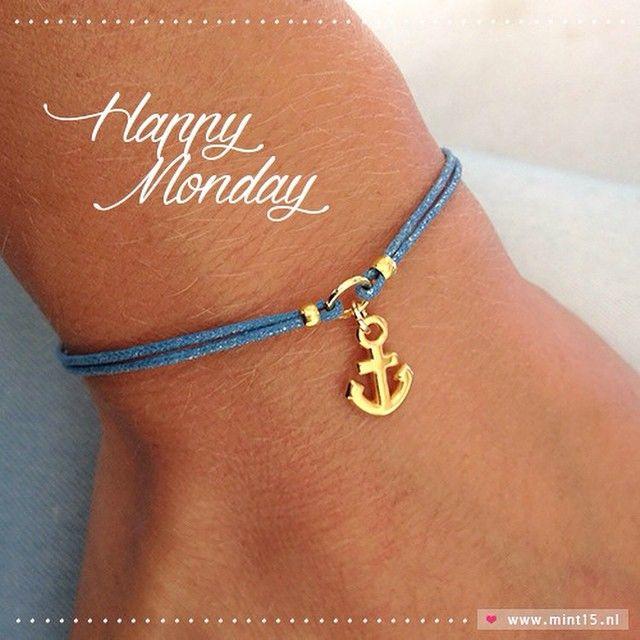 Happy Monday 💙 Mint Fifteen | www.mint15.nl  #sieraden #jewelry #jewellery #jewels #armband #armbanden #armbandje #handmadejewelry #anchor #anker #symbol #blue #monday #happymonday #maandag