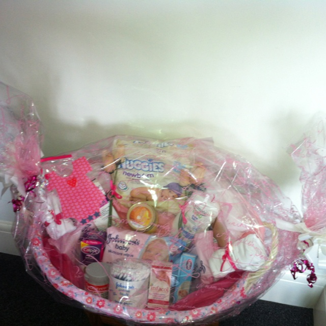 Baby Shower Gift Basket x