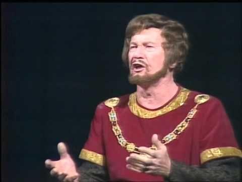 Simándi József 70 évesen énekli: Hazám, Hazám... - YouTube