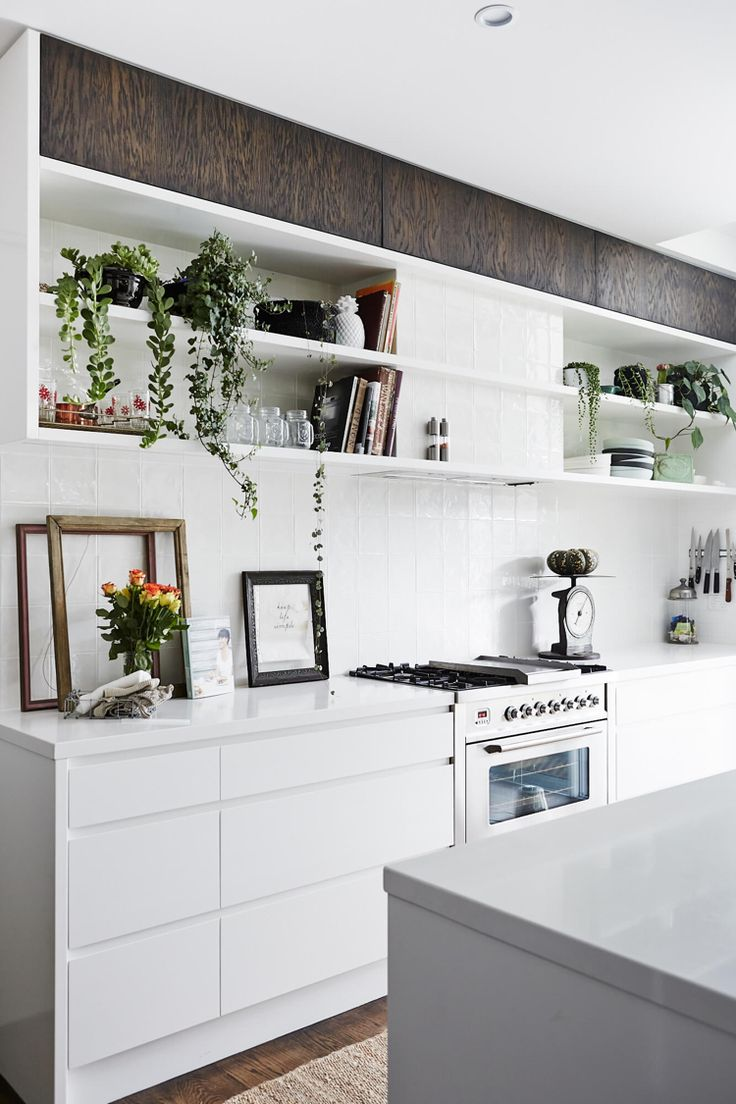 die 25 besten k che wei holz ideen auf pinterest l k che mit theke eckschrank wei und. Black Bedroom Furniture Sets. Home Design Ideas