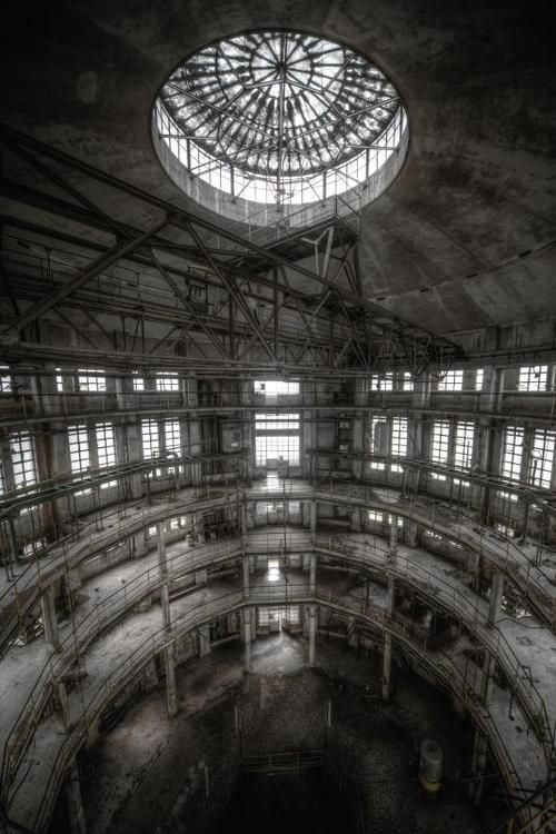 Factory, cathedral or concert hall? Urbex, urban exploration, abandoned church, urban decay, creepy, abandoned factory