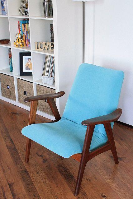 Turquoise + Mid century furniture = love!
