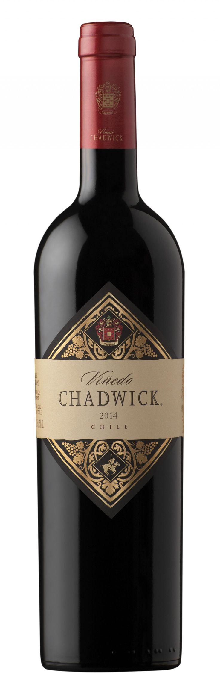 100 Puntos-Parker. Bodega: Errazuriz Wines. Chile. Vino: Chadwick - Puntaje: 100 puntos Parker otorgado por James Suckling en 2016. Primer vino chileno en lograr los 100 puntos de la excelencia.