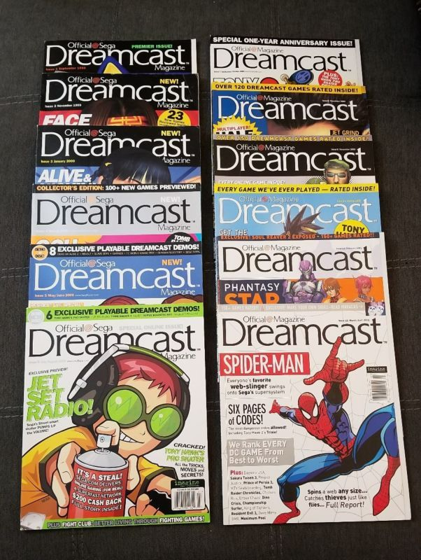 US Official Sega Dreamcast Magazine Set with Full set of Demo Discs